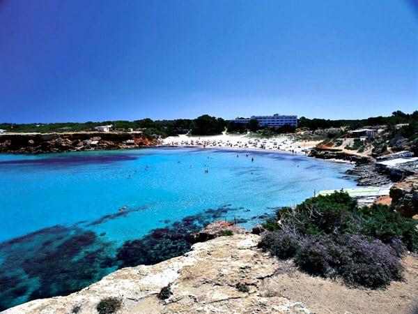 Foto de Cala Saona de Formentera - Sitios que ver en Formentera en 5 días - Ilutravel.com