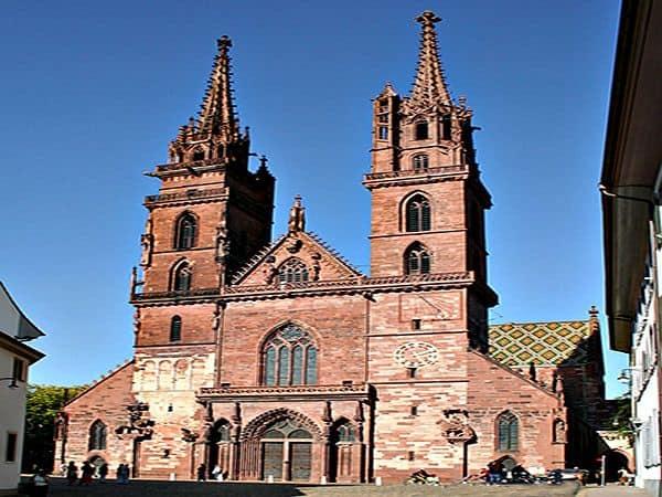 Catedral de Basilea - Turismo por Basilea viajando por la ciudad - Ilutravel.com