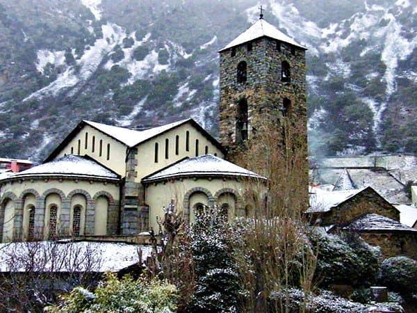 Iglesia de Sant Esteve - Turismo en Andorra lugares de interés - Ilutravel.com