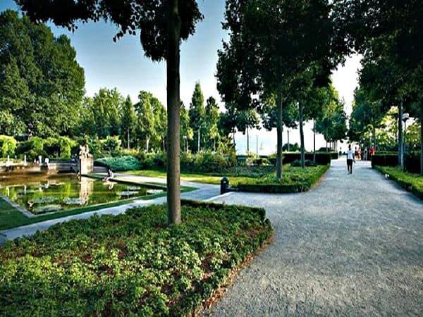 Jardín de Rosas de Berna - Turismo en Berna sitios de interés - Ilutravel.com