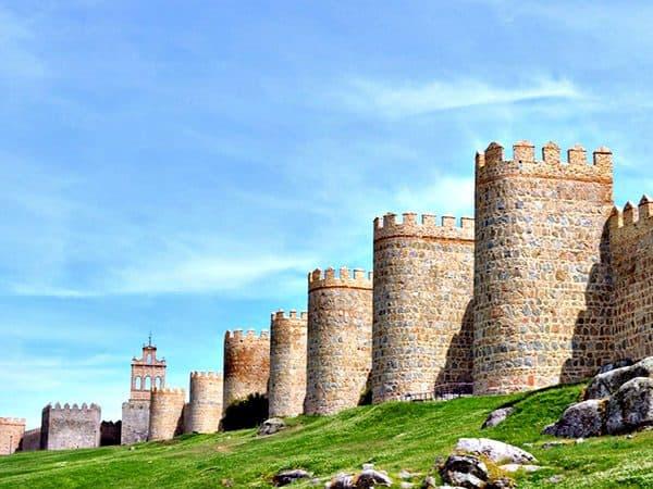 Muralla de Ávila - lugar que ver en un día en Ávila - Ilutravel.com