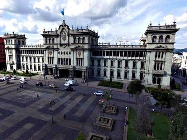 Palacio Nacional de la Cultura Ciudad de guatemala - Lugares de interés que visitar en Ciudad de Guatemala - Ilutravel.com