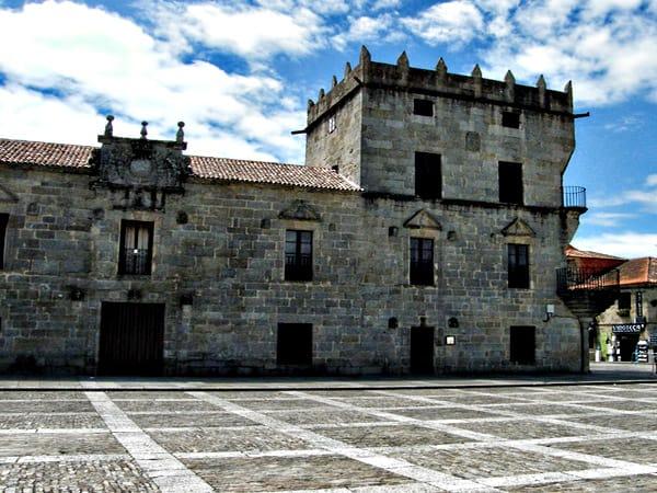 Pazo de Figueroa o Fefiñans - Sitio que visitar en Cambados de Turismo - Ilutravel.com
