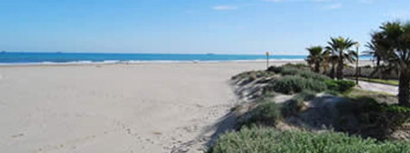 Playa del Gurugurú de Castellón de la Plana
