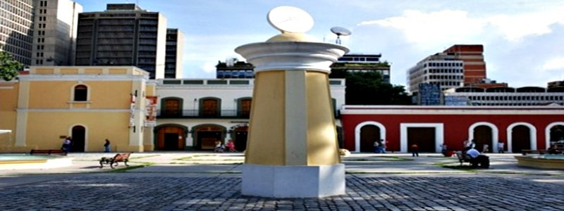 Plaza El venezolano superior