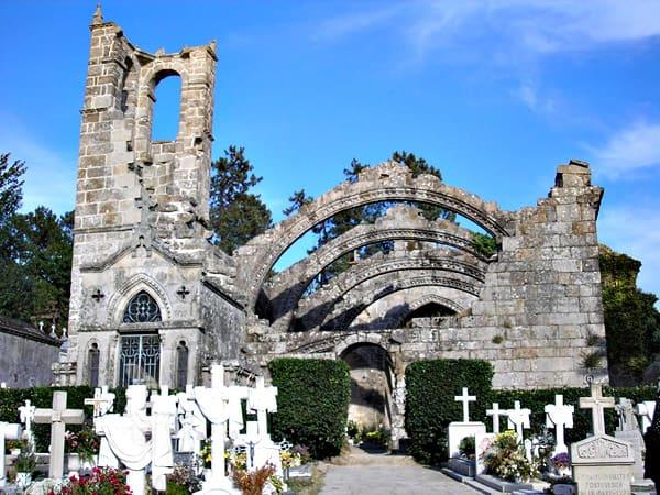 Ruinas de Santa Mariña de Dozo de Cambados - Que ver en cambados - Ilutravel.com