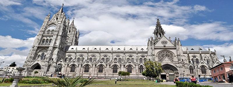 Basílica de Voto Nacional quito