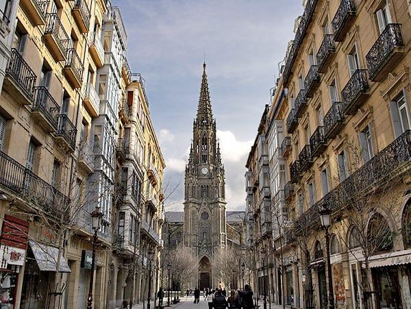 Catedral de Buen Pastor de San Sebastián - Sitios que ver de turismo en San Sebastián - Ilutravel.com