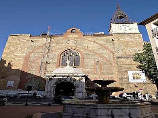 Catedral de Juan Bautista perpignan visitar en un día
