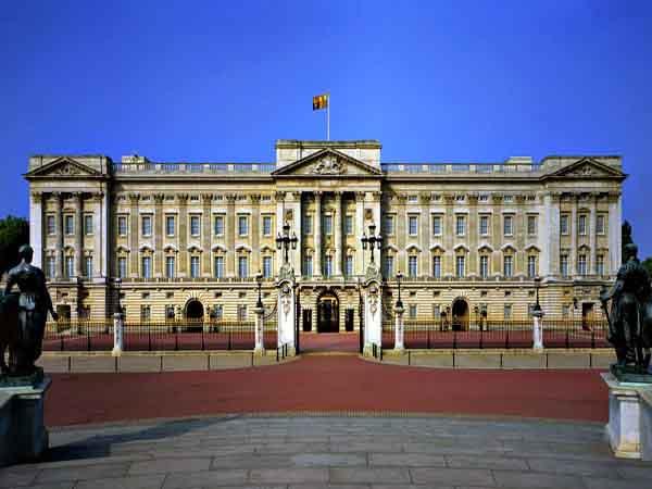 El Palacio de Buckingham de Londres - Londres en 4 días de turismo - Ilutravel.com