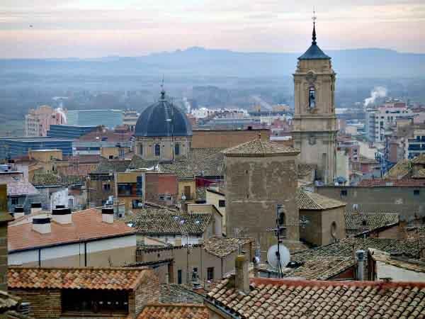 Foto de Huesca - Visitar Huesca capital en un día - Ilutravel.com