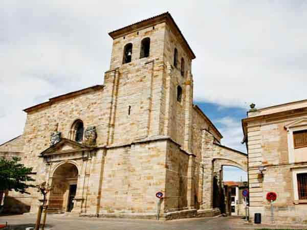 Iglesia de San Pedro y San Ildefonso Zamora