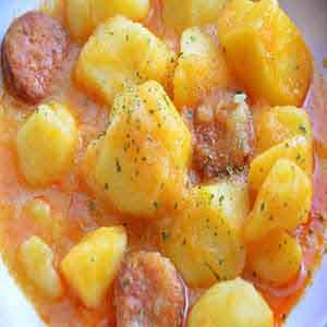 Patatas con Chorizo Vitoria