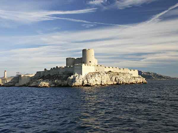 Castillo de If de Marsella - Ver Marsella haciendo turismo - Ilutravel.com