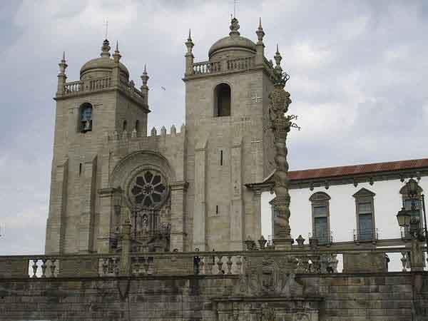 catedral de la se oporto - Lugares de interés que ver en Oporto - Ilutravel.com