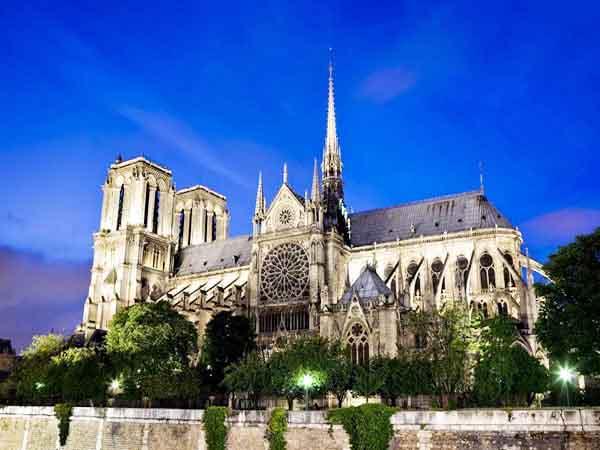 catedral notre dame paris - Que ver en París de turismo - Ilutravel.com