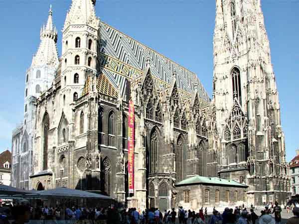 catedral san esteban de Viena - Sitios de interés turístico de Viena - Ilutravel.com