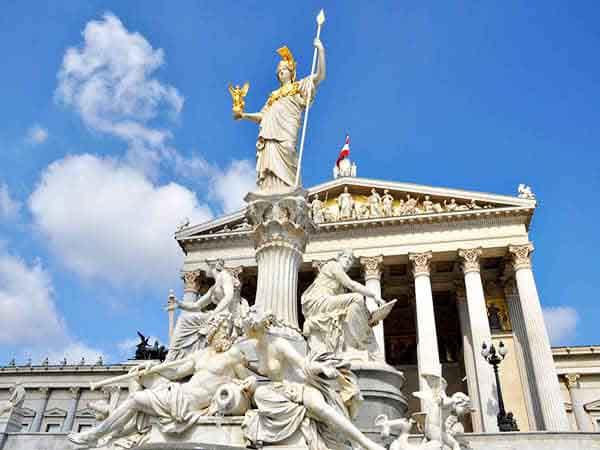 parlamento de viena - Lugares de interés de Viena para 2 días - Ilutravel.com