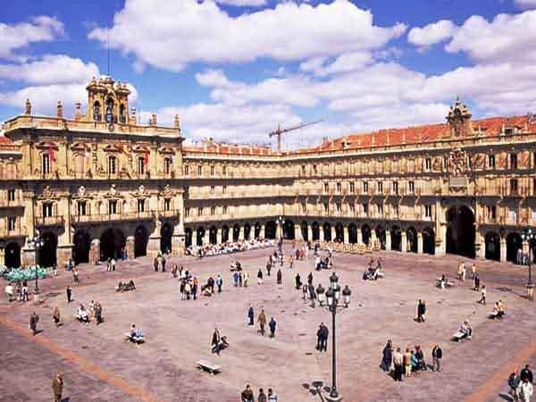 Plaza Mayor de Salamanca - Sitios que visitar en Salamanca un día - Ilutravel.com