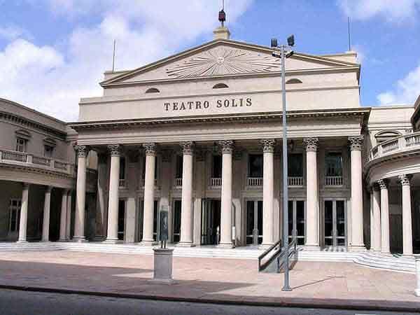 teatro solis montevideo - Que visitar en Montevideo sitios de interés - Ilutravel.com