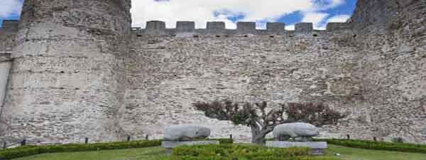 Muralla de Segovia - Que ver en la ciudad de Segovia - Ilutravel.com