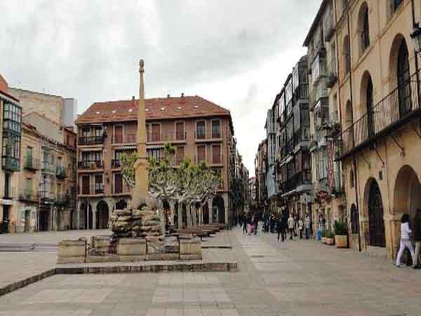 Plaza Mayor de Soria, que ver en Soria 1 día - Ilutravel.com