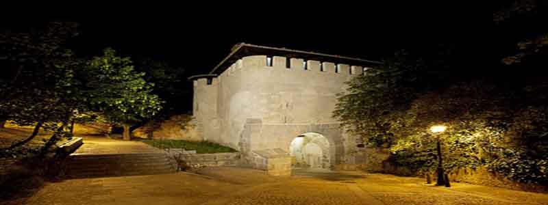 Puerta de Santiago de Segovia