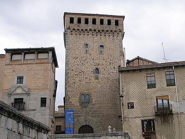 Torreón de Lozoya de Segovia - Visitar Segovia en un día - Ilutravel.com