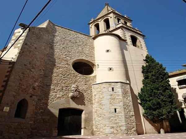 Parroquia de Santa María de la Mar de Palamos - Visitar Palamós - Ilutravel.com