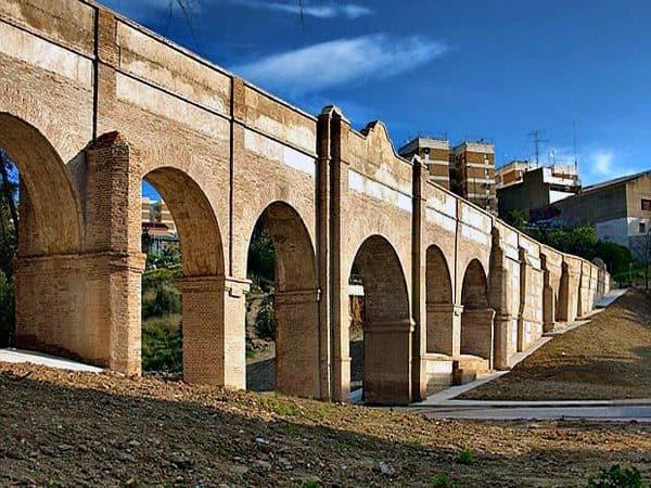 Acueducto de San Telmo de Málaga - conocer málaga en 3 días - Ilutravel.com