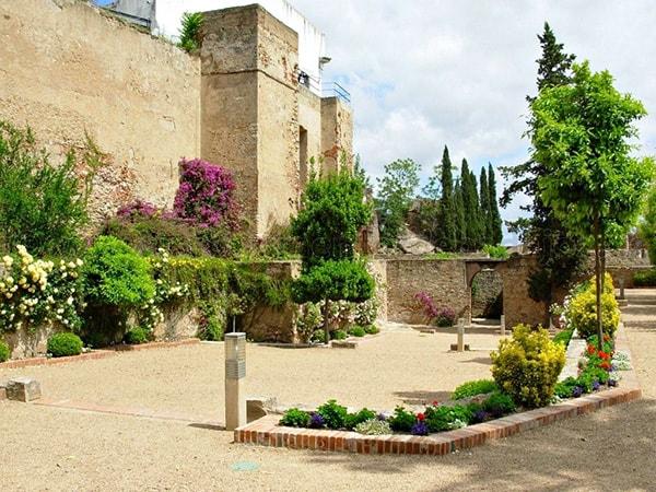 Alcazaba de Badajoz - Preciosa y uno de los rincones que ver en Badajoz - Ilutravel.com