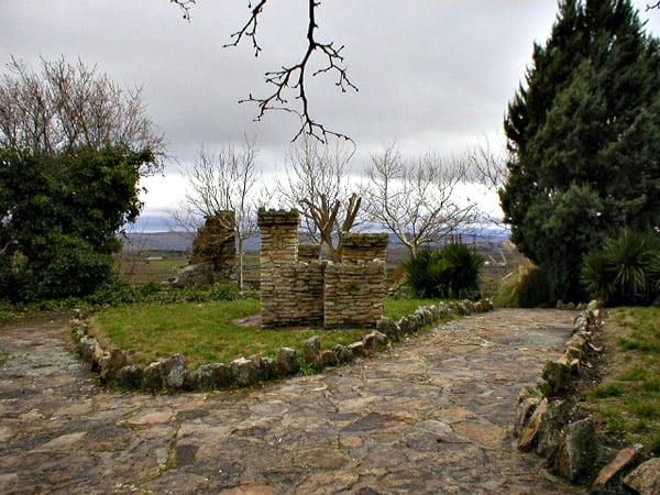 Castillo de Doña Urraca de Fermoselle - Lugar que ver en Fermoselle - Ilutravel.com