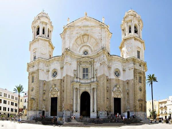 Catedral de la Santa Cruz de Cádiz - Que ver en Cádiz - Ilutravel.com