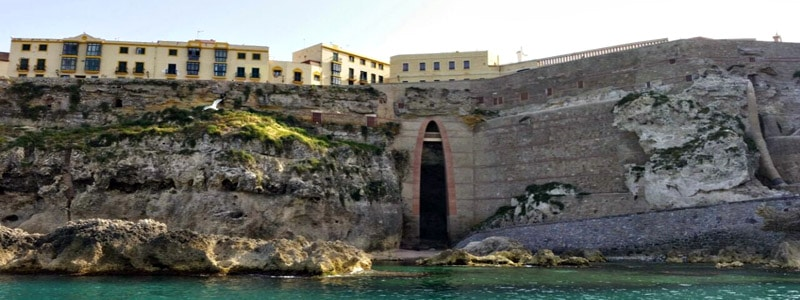 Cuevas del Conventico de Melilla