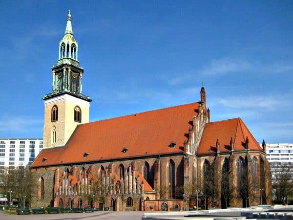Iglesia de Santa María de Berlin - Varios días de viaje por Berlín - Ilutravel.com