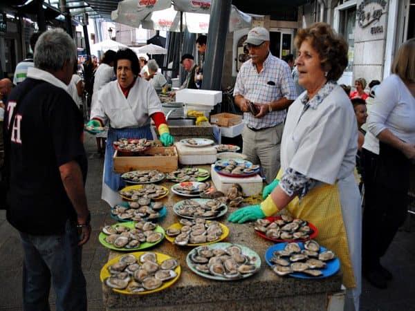 Mercado a Pedra de Vigo - Viajar de turismo a Vigo un día. - Ilutravel.com