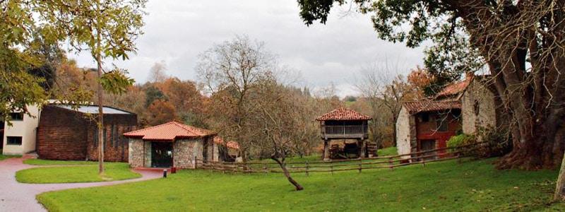 Vista del Museo Etnográfico de Llanes - Donde alojarse en Llanes y donde dormir - Ilutravel.com