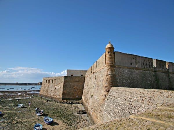 Castillo de Santa Catalina de Cádiz - Conocer Cádiz - ilutravel.com