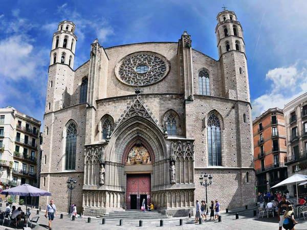 Basílica de Santa María del Mar de Barcelona - Ver Barcelona en 3 días - Ilutravel.com
