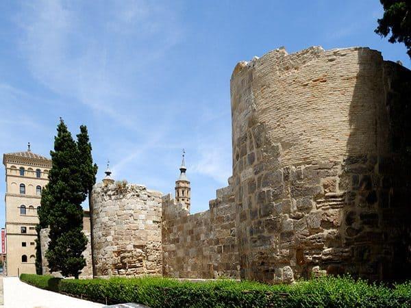 Muralla Romana de Zaragoza - Zaragoza visitar en dos días - Ilutravel.com