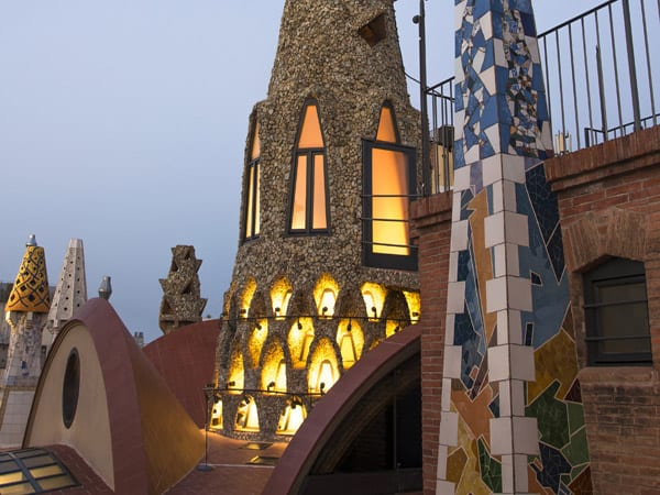 Palacio Güell de Barcelona - Conocer Barcelona de turismo - Ilutravel.com
