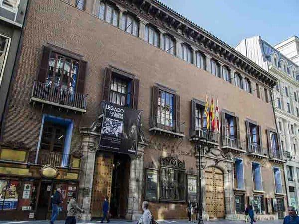 Palacio de Sástago de Zaragoza - ruta de dos días