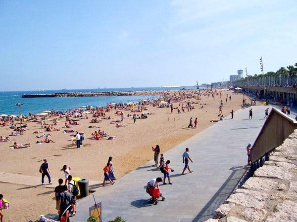 Playa de Somorrostro de Barcelona - Que visitar en Barcelona - Ilutravel.com