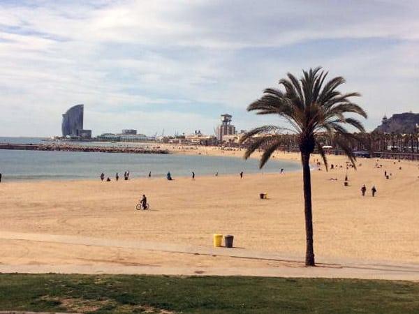 Playa de la Barceloneta de Barcelona - Playa conocida de Barcelona - Ilutravel.com