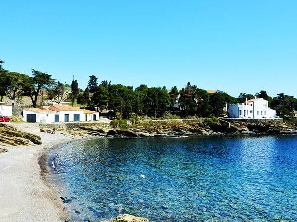 Playa Sa Conca - Alrededores de Cadaqués sitios de interés - Ilutravel.com