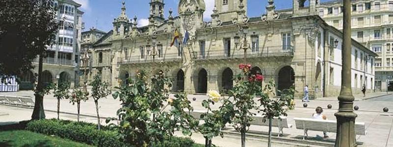 Viajar por Lugo ciudad Plaza importante – Ilutravel.com -Tu guía de turismo online