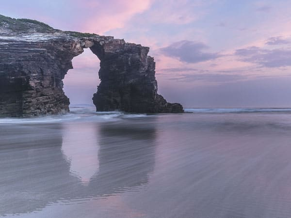 Playa de las Catedrales Ribadeo - Sitios de interés que ver en Ribadeo - Ilutravel.com