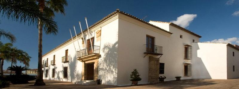 Centro Cultural Cortijo de Miraflores de Marbella - Ilutravel.com