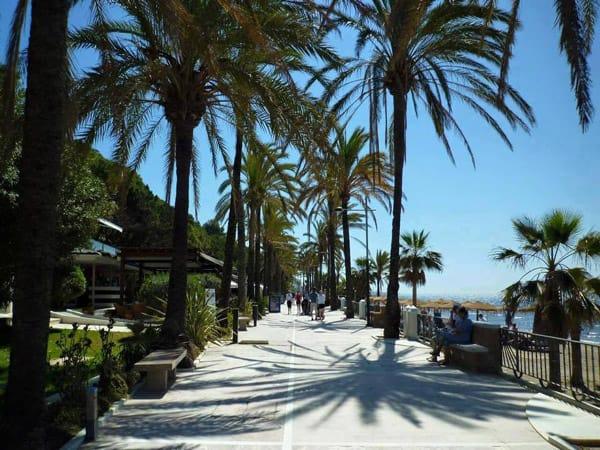 Paseo Marítimo Marbella - Conocer Marbella en un día - Ilutravel.com