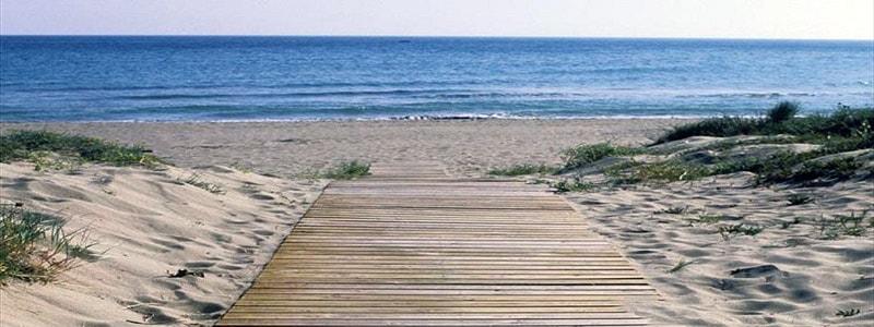 Playa El Realejo de Marbella - Ilutravel.com